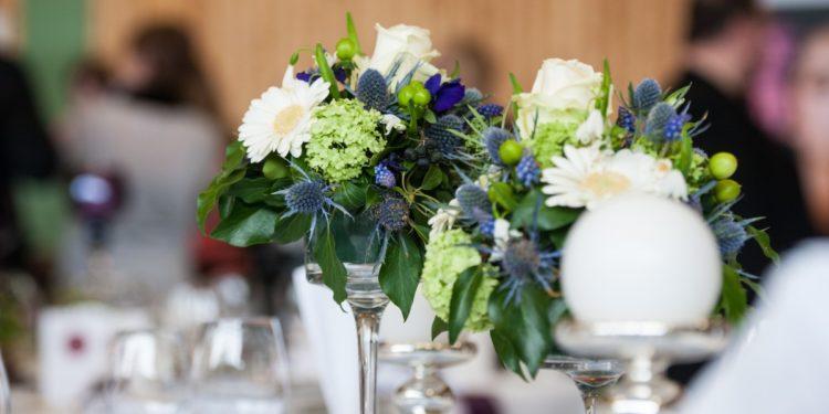 Choisir fleurs pour la déco de mariage