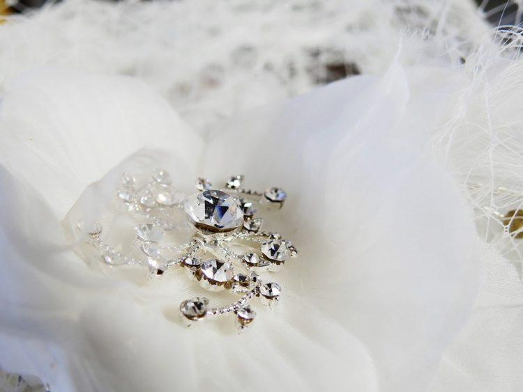 Bijoux de mariage, les choix à éviter