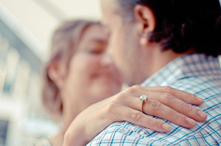 À quoi sert la bague de fiançailles après le mariage