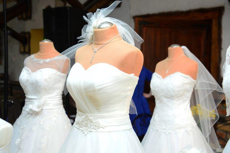 Conseils essayage robe de mariée