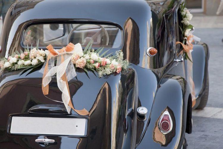 organiser un cortège de voitures pour son mariage