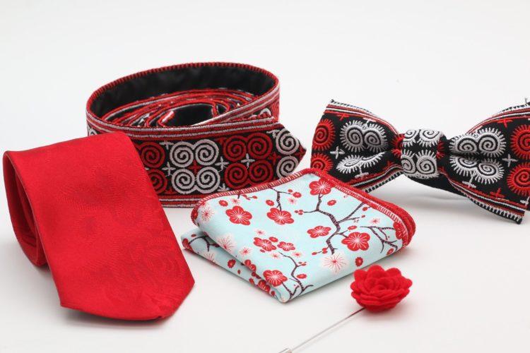 noeud papillon ou cravate pour le marié